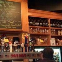 6/27/2012에 Aaron D.님이 Sharp Edge Beer Emporium에서 찍은 사진