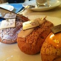 Foto tirada no(a) Confectionary (Cafe Pushkin) por mFk em 7/13/2012