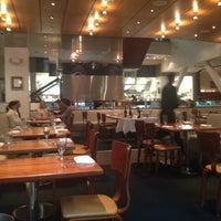 2/15/2012にRachel J.がRick Moonen RM Seafoodで撮った写真