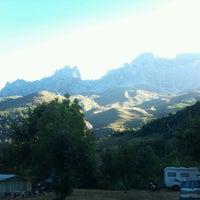 Foto tomada en Camping El Cares Picos de Europa por Elcarescamping C. el 8/16/2012