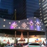Снимок сделан в Shopping Center 3 пользователем Julio T. 12/6/2011