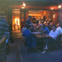 Photo prise au Bar Pitti par Yoni A. le5/27/2011