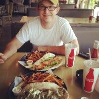 Photo prise au Kay Bob's Grill & Ale par Charlsie🔮 H. le6/19/2012