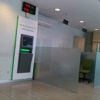 Photo prise au Garanti Bankası par Hakan Y. le6/27/2012