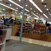 Foto diambil di Saraiva MegaStore oleh Marcos I. pada 3/15/2012