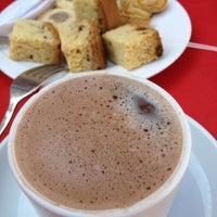 5/11/2012 tarihinde Ramil B.ziyaretçi tarafından Lobby Bar Sultan's Beach Hotel'de çekilen fotoğraf
