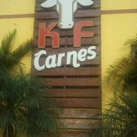 Das Foto wurde bei KF Carnes von Marcio S. am 2/11/2011 aufgenommen