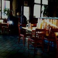 รูปภาพถ่ายที่ Heartland Café โดย Albert T. เมื่อ 1/18/2012