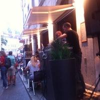6/23/2012에 Alina V.님이 Demi Lune Café에서 찍은 사진