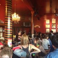 Foto tirada no(a) Lexington Club por Christina T. em 6/25/2012