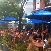 Das Foto wurde bei Pratt Street Ale House von @followfrannie B. am 8/26/2012 aufgenommen