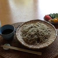 Foto diambil di そば処桜花 oleh Toru I. pada 6/4/2012