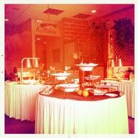 Снимок сделан в DiMille's Italian Restaurant пользователем Brent A. 2/19/2012