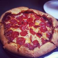 Снимок сделан в Woodstock's Pizza пользователем Chris B. 5/3/2012