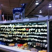 Foto scattata a Central Market da Oasisantonio il 4/5/2012