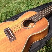 Foto scattata a Old Town School of Folk Music da Kim L. il 5/26/2012