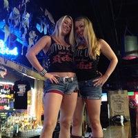 Foto scattata a Coyote Ugly Saloon da Brent T. il 8/23/2012