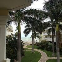 8/27/2012 tarihinde Scott B.ziyaretçi tarafından Southernmost Beach Resort'de çekilen fotoğraf