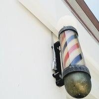 Снимок сделан в Blind Barber пользователем Jesse T. 5/6/2012