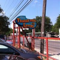 Foto tomada en Torchy's Tacos por Kevin C. el 5/28/2011