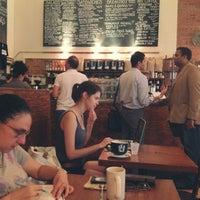 Foto scattata a Birch Coffee da Yebyul O. il 7/26/2012