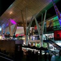 Foto tirada no(a) Millennium Mall por Miguelangel L. em 9/2/2011