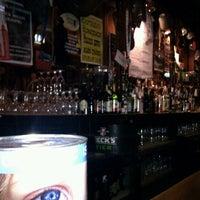 11/10/2011 tarihinde Banjo K.ziyaretçi tarafından The Cobblestone'de çekilen fotoğraf