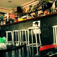 4/24/2011에 Rob S.님이 The Hive Bar에서 찍은 사진