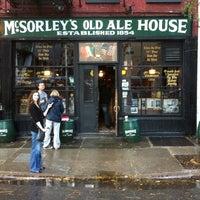 Photo prise au McSorley's Old Ale House par Phil A. le10/2/2011