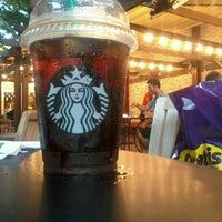 Photo prise au Starbucks par John Mathias M. le7/29/2012