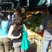 Foto tomada en Feria Abierta Yolanda Becerra por Sergio S. el 10/2/2011