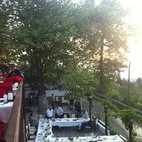 5/7/2012 tarihinde Tanyel Y.ziyaretçi tarafından Değirmen Restaurant'de çekilen fotoğraf