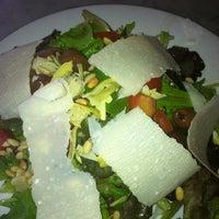 รูปภาพถ่ายที่ Settebello Pizzeria โดย Danielle R. เมื่อ 9/16/2011