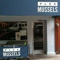 8/13/2011 tarihinde tomocrossziyaretçi tarafından Flex Mussels'de çekilen fotoğraf