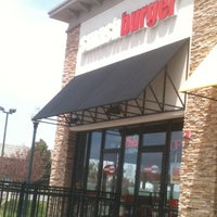 Photo taken at Smashburger by Mike R. on 5/16/2011