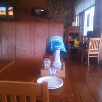 Das Foto wurde bei Wild Wing von Citla L. am 7/29/2012 aufgenommen