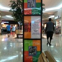 10/7/2011에 Doreen A.님이 Governor's Square Mall에서 찍은 사진