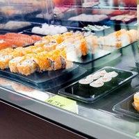 12/19/2011にIgnacio G.がSushi Store Expressで撮った写真