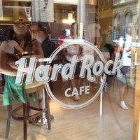 Foto scattata a Hard Rock Cafe Florence da Nina ❀. il 8/29/2012