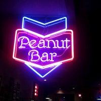 2/23/2012에 Brian N.님이 Williams Uptown Pub & Peanut Bar에서 찍은 사진