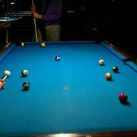 Foto tirada no(a) Eastside Billiards & Bar por Kerri N. em 2/10/2012