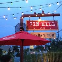 5/29/2012 tarihinde Penny K.ziyaretçi tarafından The Gin Mill'de çekilen fotoğraf