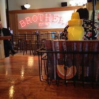 8/9/2012にStephanie M.がBrothers Bar & Grill MPLSで撮った写真