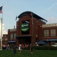 Foto tomada en TD Bank Ballpark por Chris J. el 9/7/2012