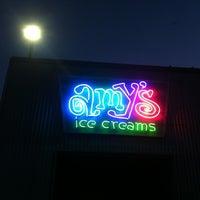 Das Foto wurde bei Amy's Ice Creams von Cyndie K. am 3/18/2012 aufgenommen