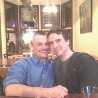 Foto tomada en Yellow Brick Pizza por Christopher B. el 2/3/2012