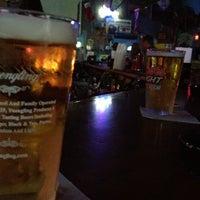 Das Foto wurde bei Freaki Tiki Bar von Ander E. am 7/27/2012 aufgenommen