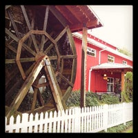 Photo prise au Bob's Red Mill Whole Grain Store par Matt D. le10/28/2011