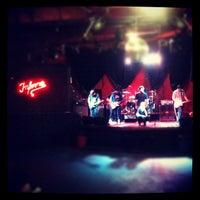 รูปภาพถ่ายที่ Kitsch&Pop โดย Rafael O. เมื่อ 7/14/2012