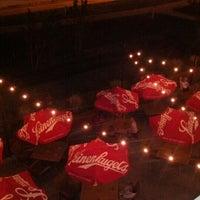 Foto tomada en Wellman's Pub & Rooftop por Tim E. el 8/12/2012